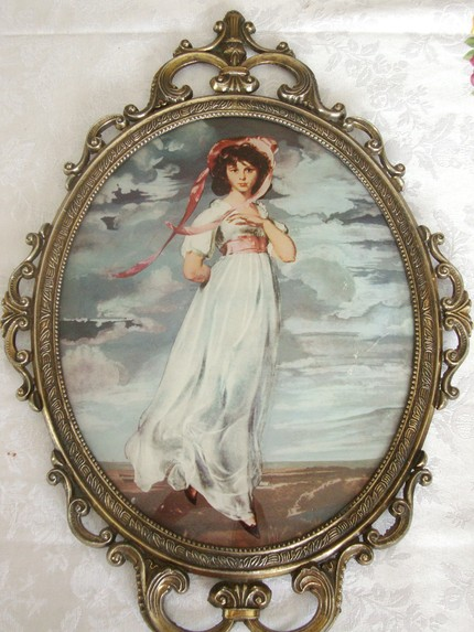 Vintage Pinkie Picture with Bubble Glass