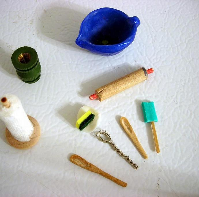 One Inch Dollhouse Scale Kitchen Utensils
