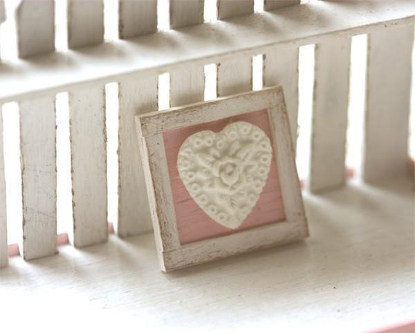 Dollhouse Miniature 1/12th Scale Shabby Chic Framed Applique Decoration