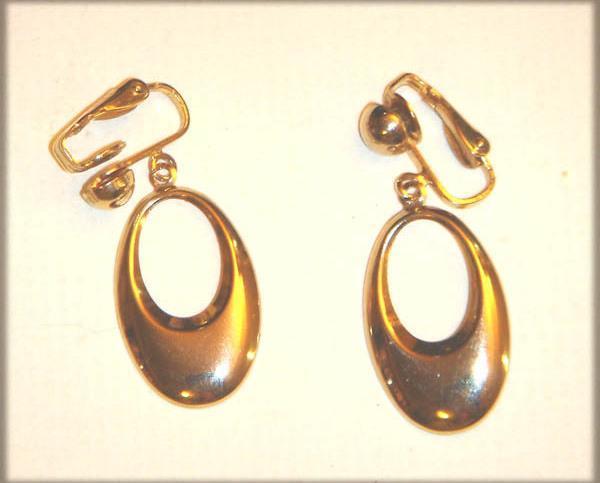 Vintage - Gold Hoop Clip On's