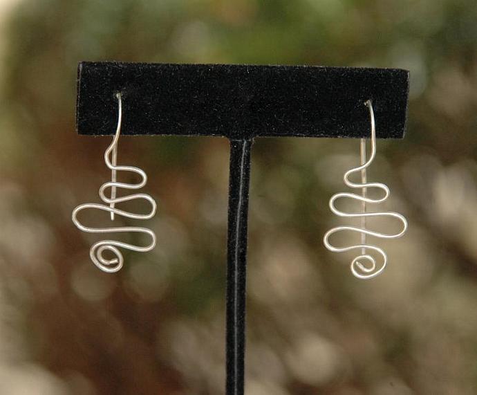 Curvy Fine Silver Wire Earrings