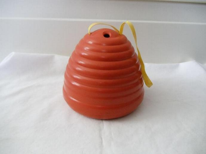 Pretty Orange Vintage Bakelite Beehive Wool/Yarn Holder
