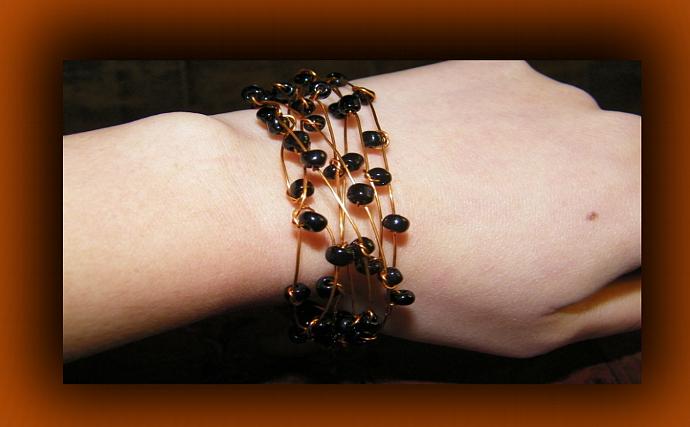 Bluish-Black Hematite Beads Copper Wire Bracelet
