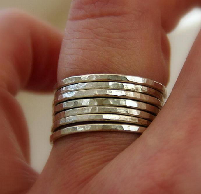 SET OF 7 handmade hammered sterling silver stackable rings