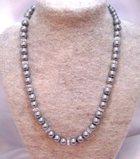 Pewter & Crystal Single-Strand Necklace