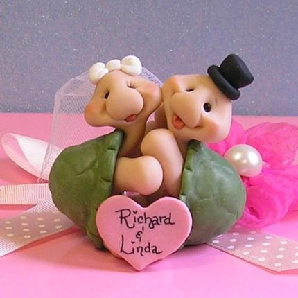 turtle wedding cake toppers hugging turtle wedding cake topper buttonwilloe 21320