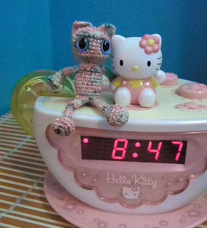 Pinky pink tiny cat amigurumi minature