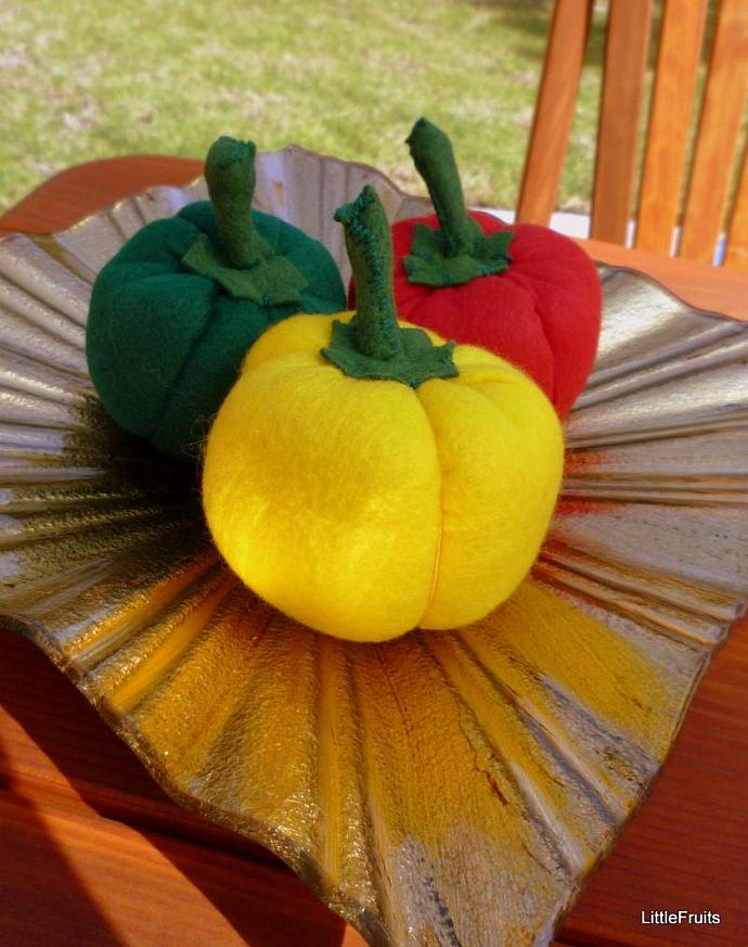 Felt Bell Peppers Childrens Pretend Play Food Handcrafted Toy  or Home Decor Set