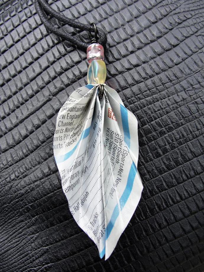 JunkMail Origami Leaf Pendant necklace