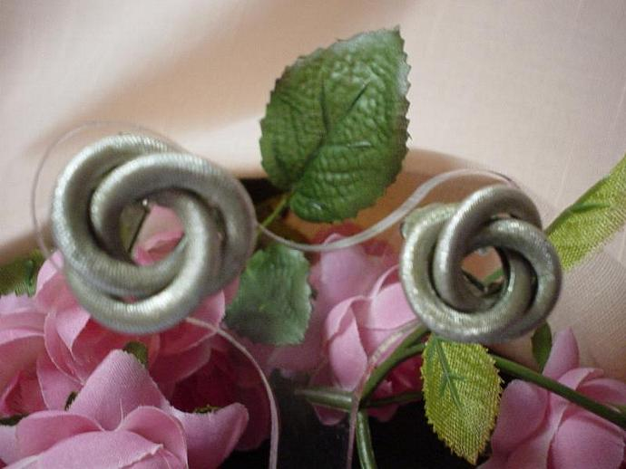 Vintage Sarah Conventry Sophisticated Circle Earrings