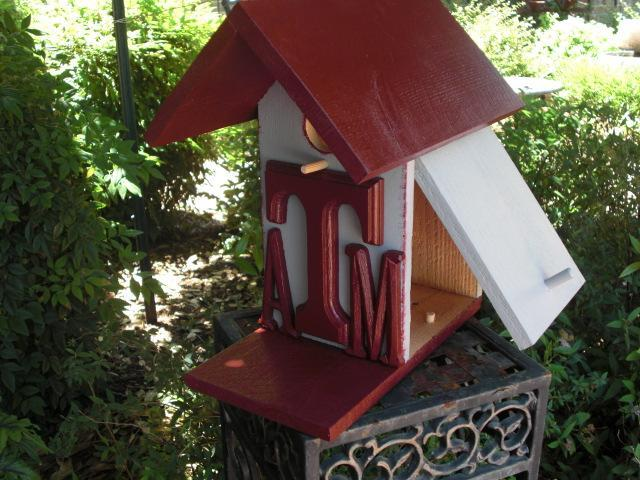 Birdhouse - Texas A&M University