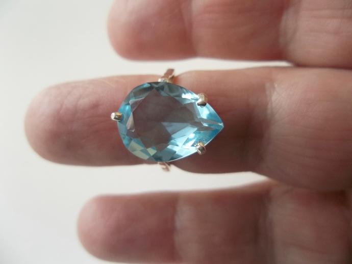 Pear Shape 5ct Swiss Blue Topaz Ring, size 6 ring, Keepsake Gift, Valentiine