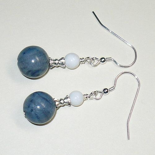 """Chunky White & Blue Coral 19 1/2"""" Necklace Set"""
