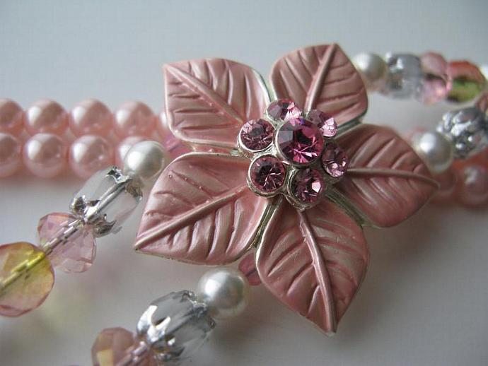 Pretty in Pink Necklace - Tea Rose Pink 5-petal Swarovski Flower Pendant Pastel