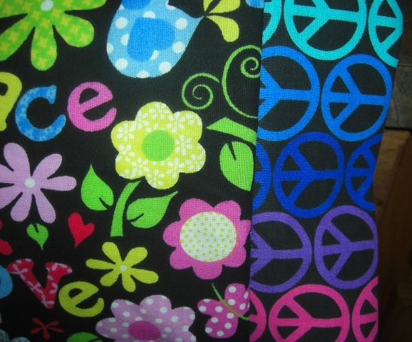 TRAVEL SIZE PILLOW CASES PEACE AND LOVE