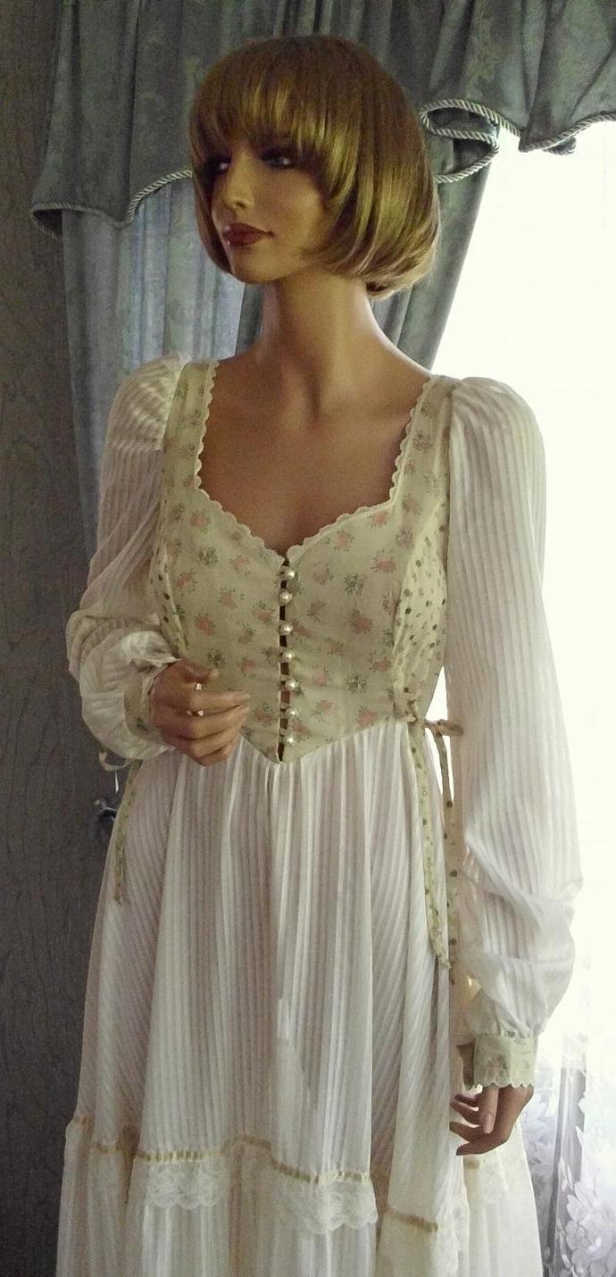 Gunne Sax Prairie Dress Calico & White Size 11