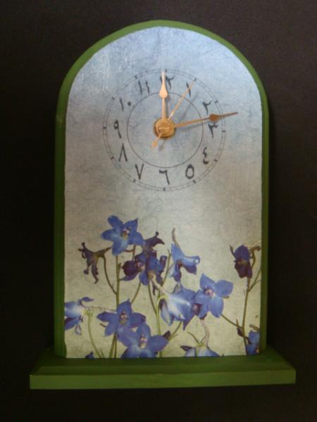 Blue Floral Standing Arabic Clock