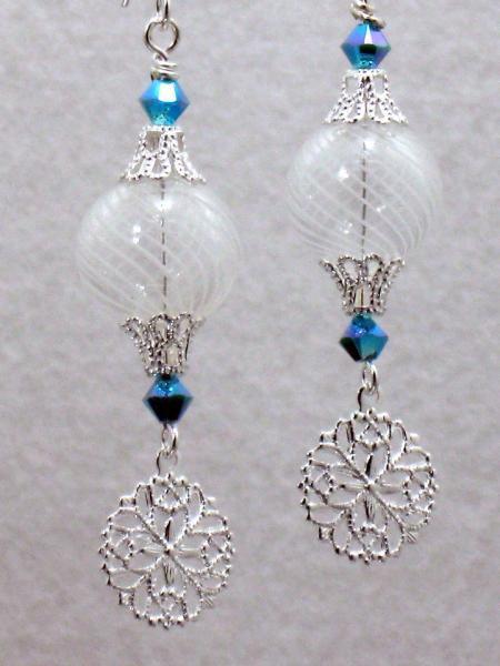 Snowy Delight Earrings