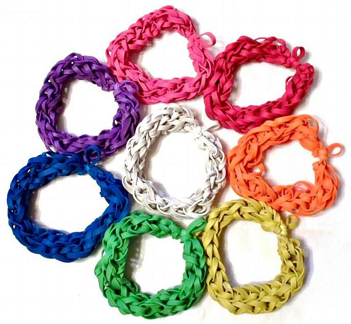 VALUE - 8 Colored Rubber Band Bracelets