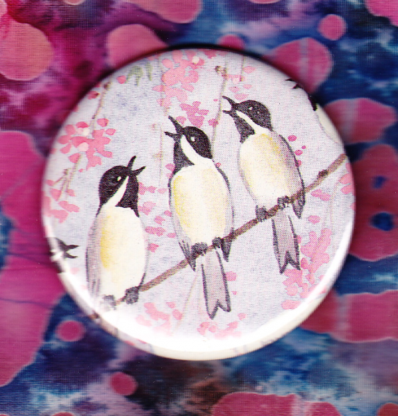 Singing Birds - Vintage picture button