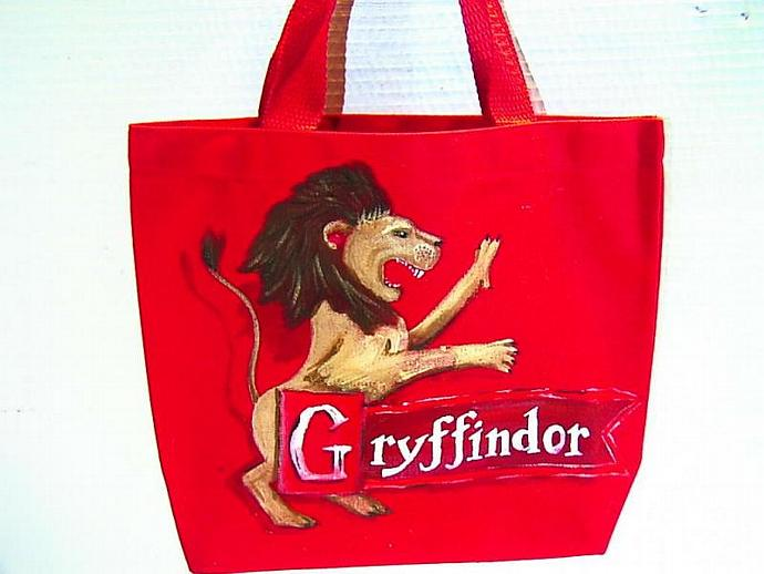 Gryffindor House bag great for e-reader, nook, or kindle