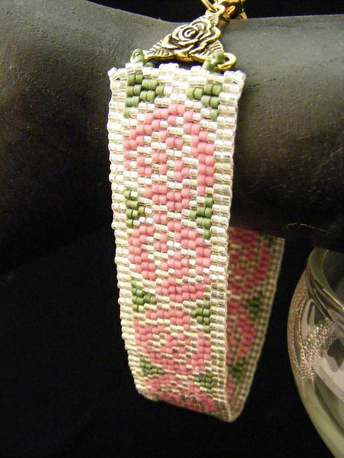 Nouveau Rose Bracelet Two Drop Peyote