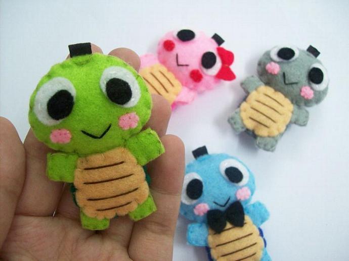 Cute Tortoise Keychain/Phone Charm/Magnet - Toto, Tini, Timmy