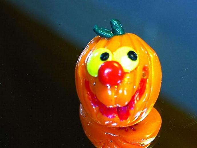 jolly polymer clay jack o lantern pin v3