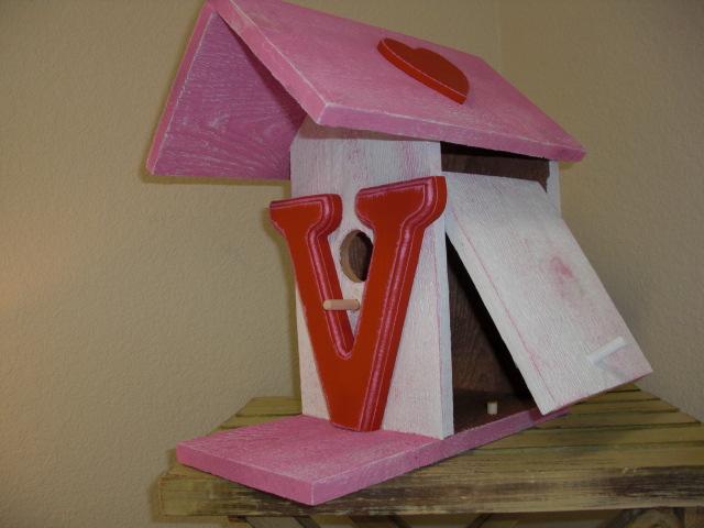 Birdhouse - Valentine