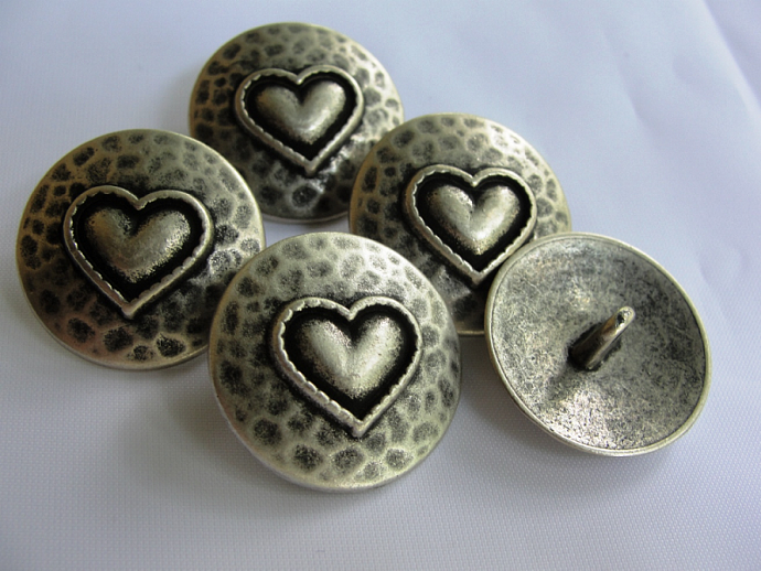5 Hammered Metal Heart Shank Buttons
