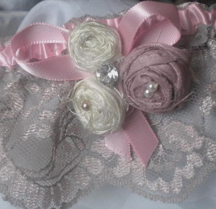 Sweet romance lace bridal garter