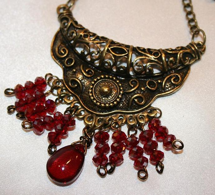 Red Crystal Bronze Pendant Necklace