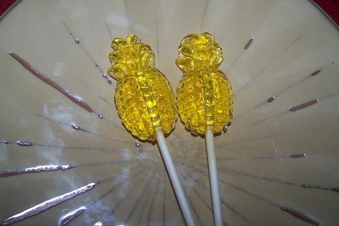 10 Pineapple Lollipop Sucker Tropical Luau Party