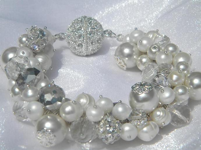 Pearl and Crystal Cluster Bridal  Bracelet