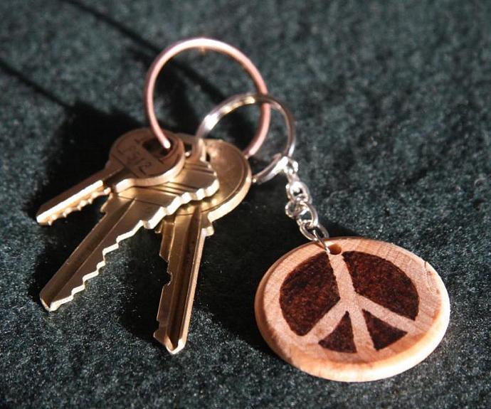 Peace Sign keychain - TPA