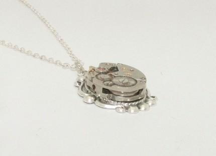 LOVELY STEAMPUNK PENDANT NECKLACE with ORNATE ANTIQUED SILVER VICTORI