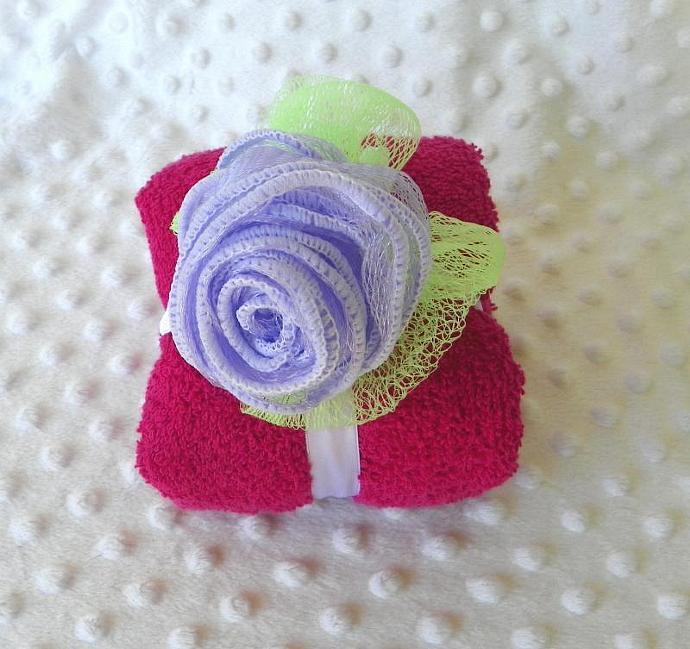 Rose Mesh Loofah Soap Scrub and Hand Towel Gift Set