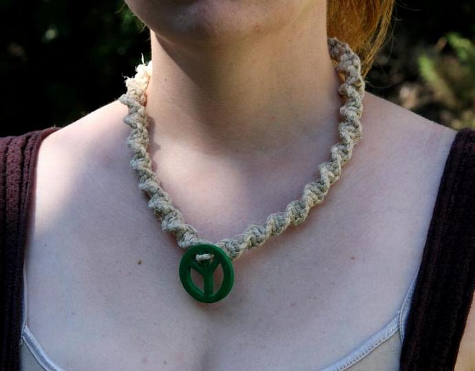OOAK Chunky hemp necklace with green peace sign - TPA