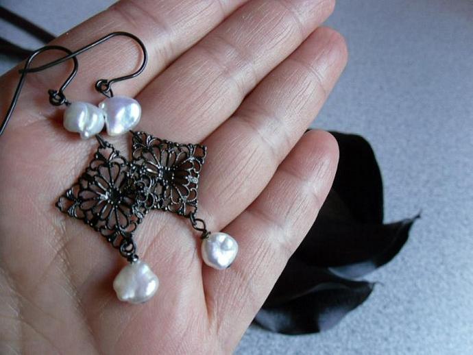 Black Filigree with Keshi Pearls Earrings