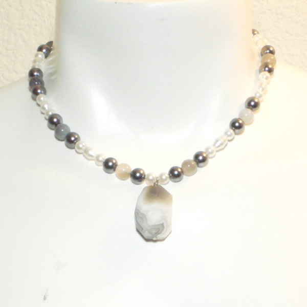 Grayscale Necklace