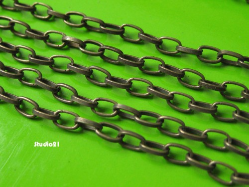 5 feet of Antique Brozne Plain Oval Rollo Chain