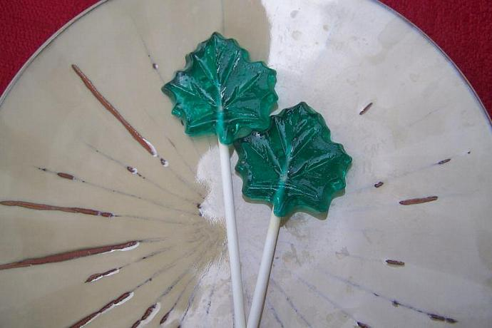 10 Maple Leaf Leaves Lollipops Suckers Party Favor