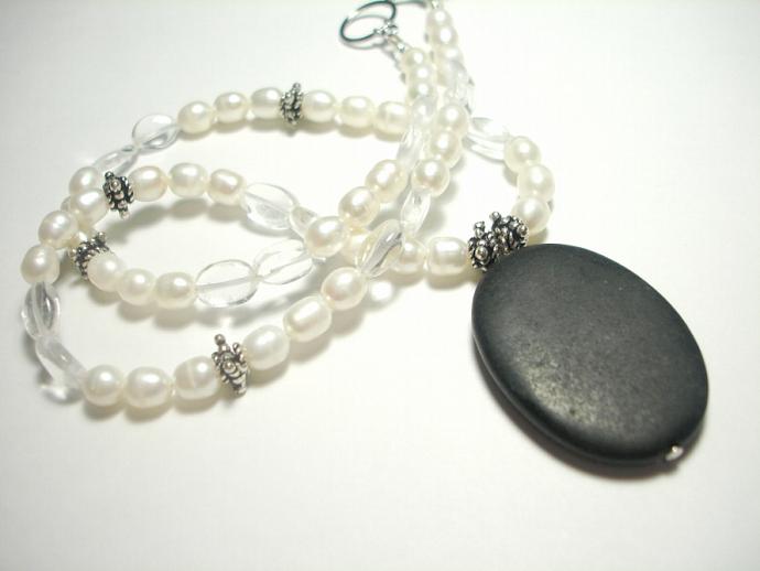Satin Onyx Necklace