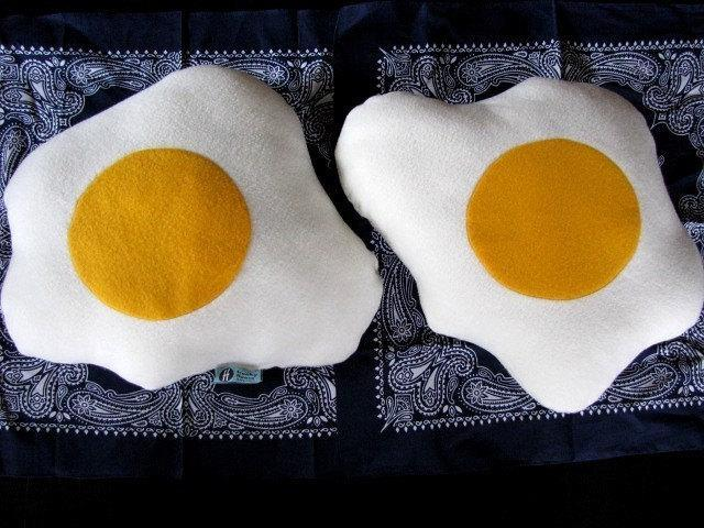 Fried Eggs Pillows