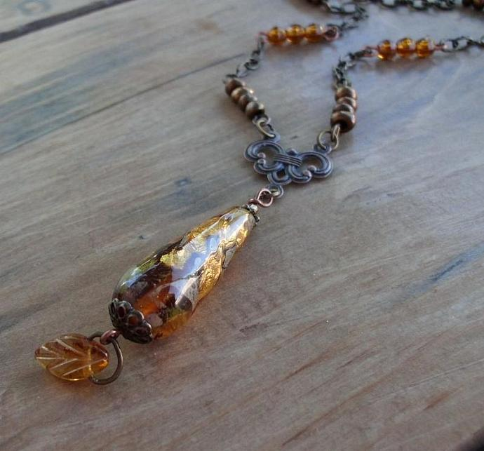 Golden Twilight Vintage Style Necklace