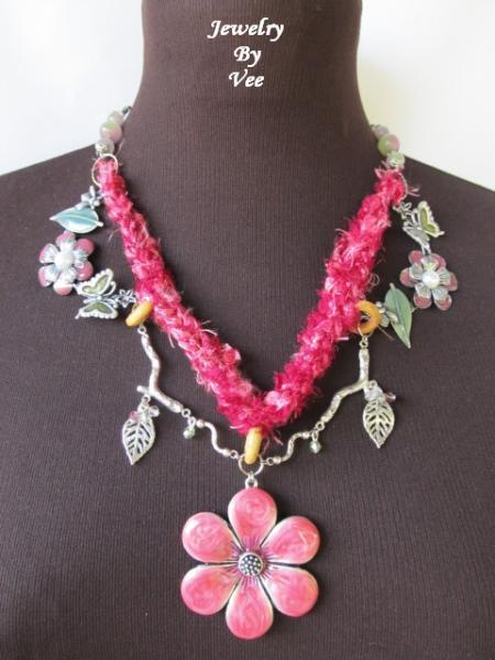 Sari Ribbon Necklace and Earrings Set