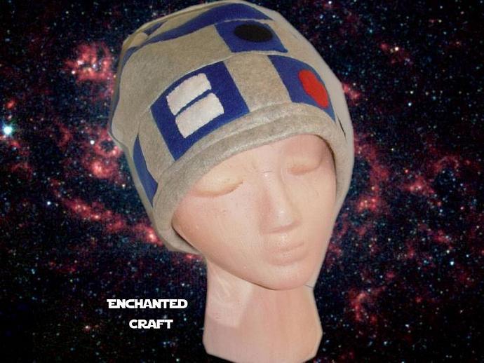 Fleece R2-D2 beanie hat for the Star Wars fan
