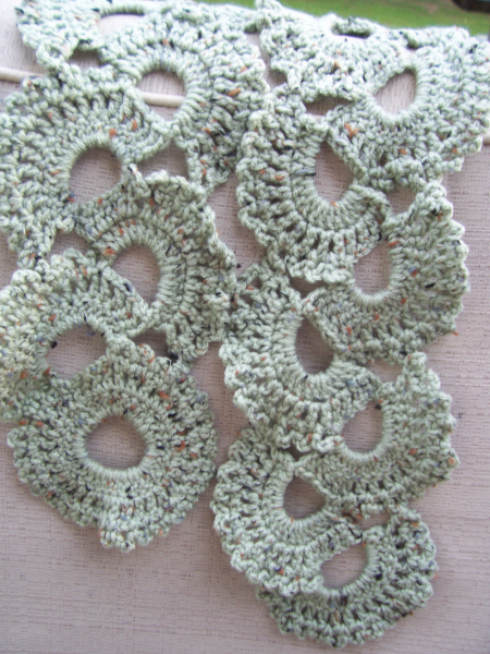 Green Shell Scarf