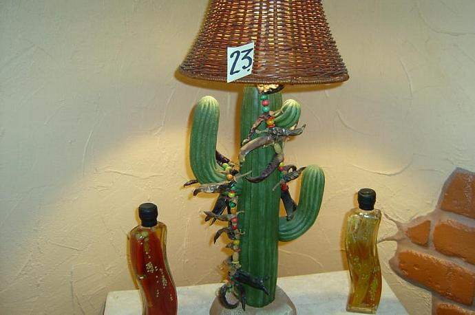 E-LNT-23 -  SAGUARO LAMP