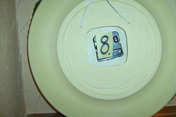 E-C-8 - CACTUS CLOCK